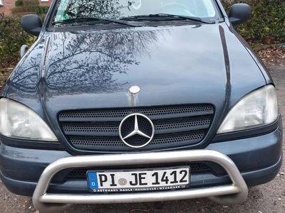 second-hand Mercedes ML320 Leder, Automatik und Gasanlage