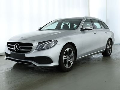 gebraucht Mercedes E220 4M T Avantgarde/9G/LED/Kamera/Navi/SHD/