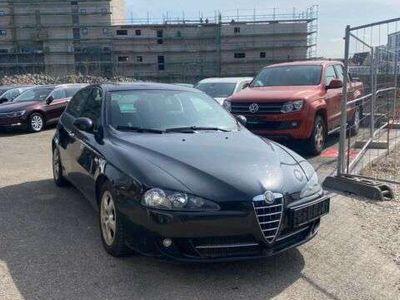 gebraucht Alfa Romeo 147 1.6 TS ECO 16V Distinctive Klimauto. Gas