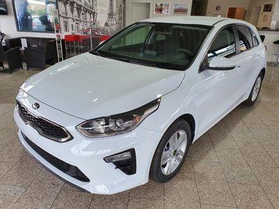gebraucht Kia cee'd 1.4 T-GDI *Klimaauto*SHZ*PDC*Alu 16*Bluetooth*ZVR* 103 kW (140 PS), Schaltgetriebe