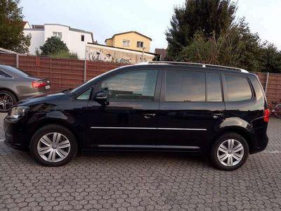 gebraucht VW Touran Cross 2.0 TDI Automatik. 7 Sitz