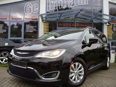 "gebraucht Chrysler Pacifica 3,6 L mit Leder""Xenon""Navi"