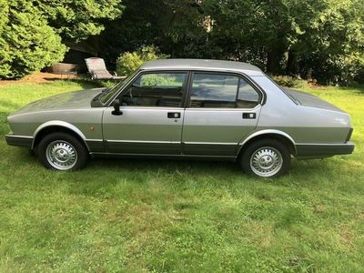 gebraucht Alfa Romeo Alfetta 2.0 mit H-Zulassung seh... als Limousine in Höhenberg