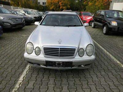 gebraucht Mercedes CLK320 Coupe als Sportwagen/Coupé in Mainz-Kastel
