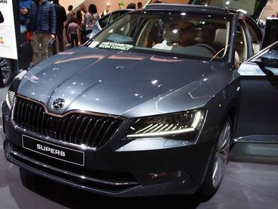 gebraucht Skoda Superb Ambition KLIMA/LED/PDC 2.0 TDI SCR 140 kW (190 PS), DSG [7]