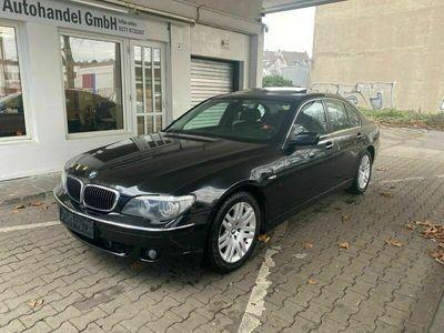 gebraucht BMW 740 Baureihe 7 i VIELE EXTRAS als Limousine in Krefeld