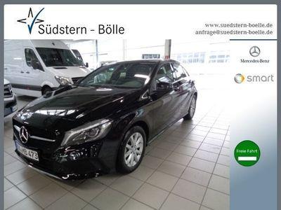 gebraucht Mercedes A180 Limousine Style/Kamera/1.Hand/SHZ/Klima
