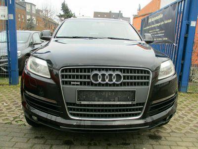 gebraucht Audi Q7 3.0 TDI (DPF) quattro tiptronic 7.Sitzer,VOLL als SUV/Geländewagen/Pickup in Leverkusen