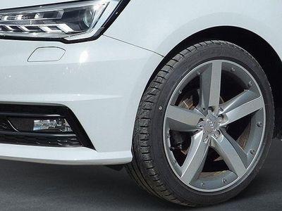 gebraucht Audi A1 Sportback A1 1.0 TFSI S line NAVI Xenon 17 Zoll