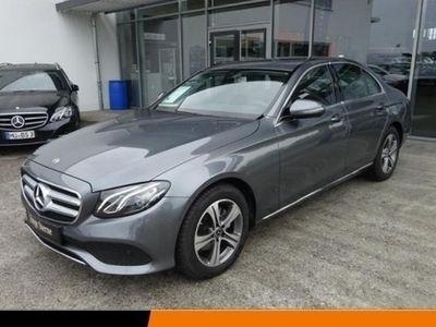 gebraucht Mercedes E200 *Avantgarde*LED*Kamera*Navi*Parktronic*