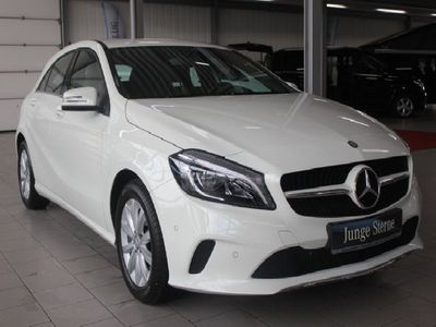 gebraucht Mercedes A180 STYLE*LED HIGH PERFORMANCE*MEDIA-DISPLAY
