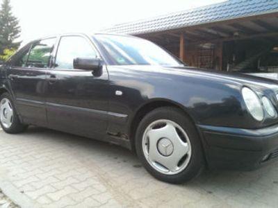 gebraucht Mercedes E280 W210 Rentnerfahrzeug. 1.Vorbesitzer