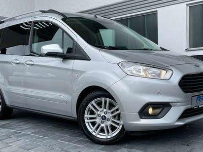 """gebraucht Ford Tourneo Courier 1.0 EcoBoost Titanium m. Freisprech SYNC3 u. 16""""LM"""
