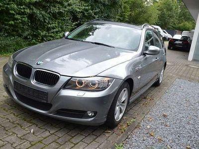 gebraucht BMW 320 i Touring Navi,Leder,SD (Gebrauchtwagen) bei Autohaus Rump
