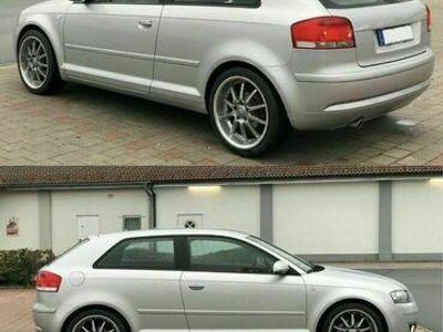 gebraucht Audi A3 8P 1,6 TOP ZUSTAND WENIG GELAUFEN... als Sportwagen/Coupé in Aplerbeck