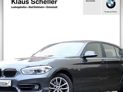 gebraucht BMW 118 d 5-Türer Sport Line