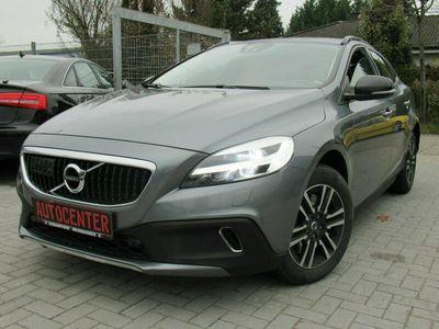 gebraucht Volvo V40 CC Plus /ACC/BLIS/NAVI/LED/EURO6/ als Kombi in Weinheim (Bei Mannheim)