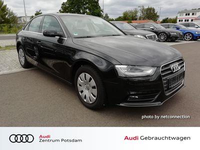 gebraucht Audi A4 Limousine Attraction 2.0 TDI XENON NAVI GRA PDC SHZ XENON NAVI