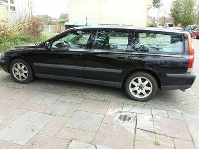 gebraucht Volvo V70 BJ. 2003 guter Zustand fährt 1 A