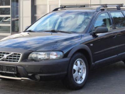 gebraucht Volvo XC70 D5 AWD Summum *AHK*XENON*NAVI*GLASDACH*