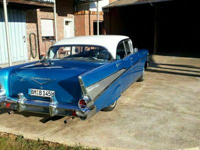 gebraucht Chevrolet Bel Air Blau Automatik 200 HP