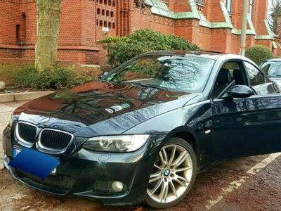 gebraucht BMW 320 i Coupe M-Paket voll Tüv neu als Sportwagen/Coupé in Hamburg