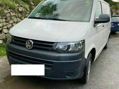 gebraucht VW T5 Erstzulassung Mai 2015