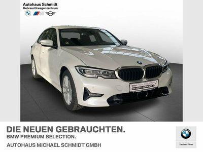gebraucht BMW 330 i Limousine