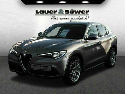 gebraucht Alfa Romeo Stelvio First Edition Q4 als SUV/Geländewagen/Pickup in Burscheid
