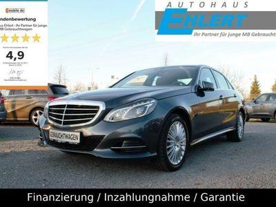 gebraucht Mercedes E200 ELEGANCE AUTOMATIK*NAVI*PTS*SHZ*2.HAND