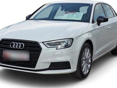 gebraucht Audi A3 Sportback A3 Design 1.5 TFSI ACC/Leder/Xenon/PDC