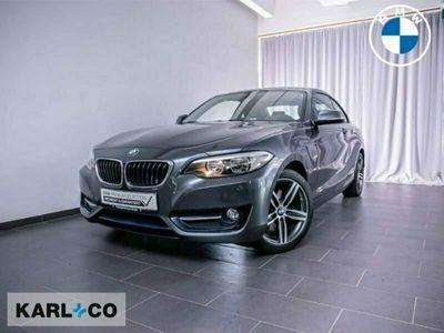 gebraucht BMW 220 i Sport Line Coupe Navi SHZ Sportsitze Temp