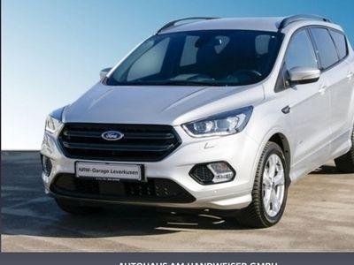 gebraucht Ford Kuga 1.5 EcoBoost 4x4 Aut. ST-Line, Navi, Winter-Paket, Rückfahrkamera, Design-Paket 4