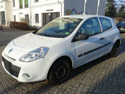 gebraucht Renault Clio Expression 1.2 16V 75 TÜV:NEU