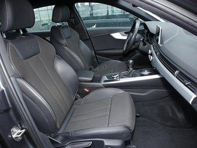 gebraucht Audi A4 Lim. 2.0 TFSI Sport S line AHK Navi Matrix LE