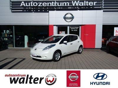 gebraucht Nissan Leaf Acenta, inkl. 24 kWh Batterie, Navigationssystem