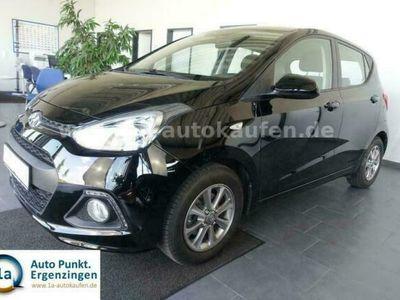 gebraucht Hyundai i10 1.2i YES! Silver m. Sitzheizung/Bluetooth