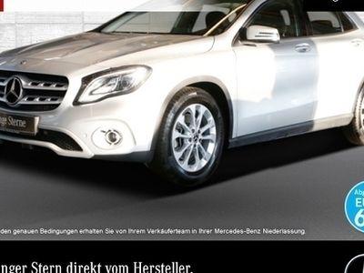 gebraucht Mercedes GLA250 4M Style LED Kamera Navi Laderaump PTS