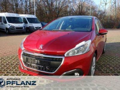 käytetty Peugeot 208 Signature 1.2 PureTech 110 5T (EURO 6d-TEMP)