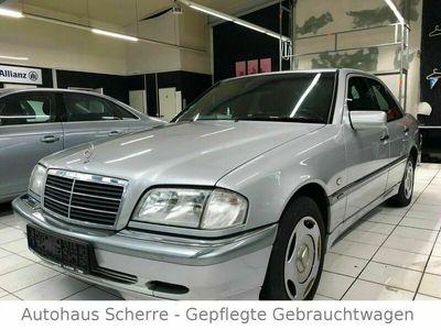 gebraucht Mercedes C180 *Klimaanlage*Tempomat*Schiebedach*