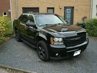 gebraucht Chevrolet Avalanche Black Diamond Edition ... als SUV/Geländewagen/Pickup in Alsdorf