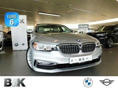 gebraucht BMW 530 i Automatik bei Gebrachtwagen.expert