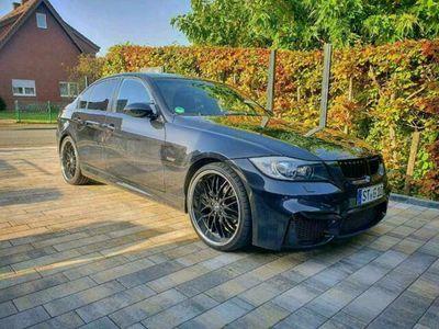 gebraucht BMW 325 e90 i M Paket / 2.HAND / LPG GASANLAGE / SPORTPAKET / M3