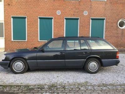 używany Mercedes 230 TE - G - KAT - -