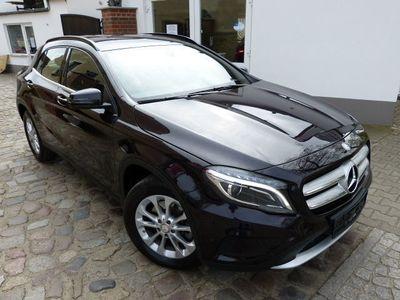 gebraucht Mercedes GLA250 / XENON / KLIMA / LEDER / NAVI / PDC