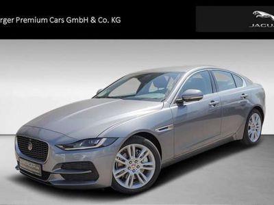 gebraucht Jaguar XE D200 AWD SE ACC WinterPaket uvm Bluetooth Navi