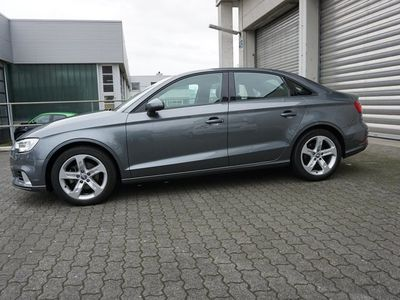 gebraucht Audi A3 1.6 TDI Sport Xenon Navi Alu17 8 Fach Euro6