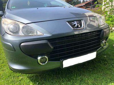 gebraucht Peugeot 307 HDi 7 .Sitze .DieselTÜV/AU 09.2021