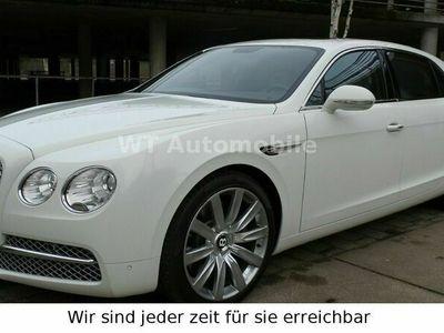 gebraucht Bentley Flying Spur 6.0 W12 Autom. als Limousine in Lübeck
