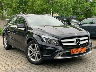 gebraucht Mercedes GLA220 d 4M. DCT Urban * nur 55.000km * 18 Zoll